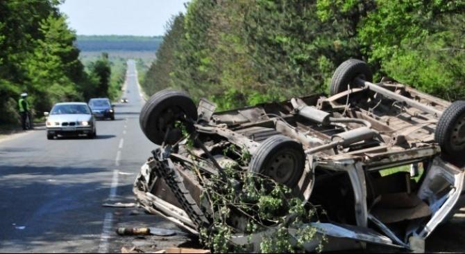 13 души са ранени при катастрофи през денонощието