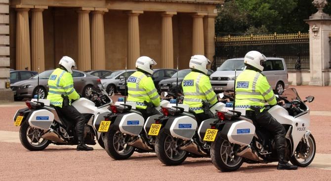 Снимка: Близо 300 ареста в Лондон от началото на протестите на екоактивисти