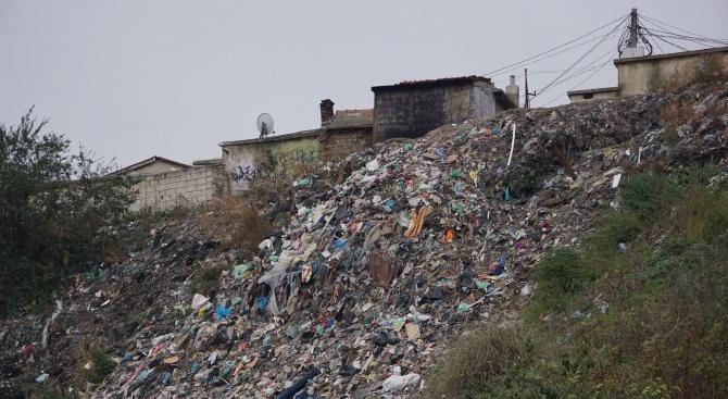 Близо 150 тона отпадъци са извозени само от едно незаконно
