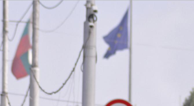 Снимка: Кабинетът одобри споразумение за облекчаване на процедурите за издаване на разрешения за преминаване на границите в Европа