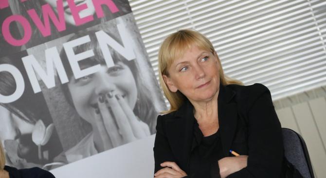 Снимка: Елена Йончева: Големият проблем, свързан с насилието над жени, е бедността