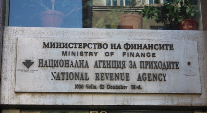 Бизнесът дава на съд наредба на НАП