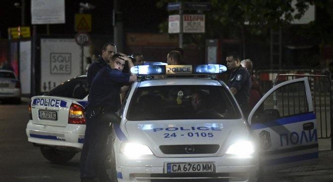 Двама 15-годишни младежи, нанесли побой на възрастен мъж, са задържани
