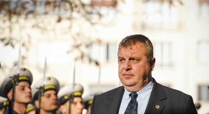 Каракачанов ще открие два мемориални комплекса в Трявна и Плачковци