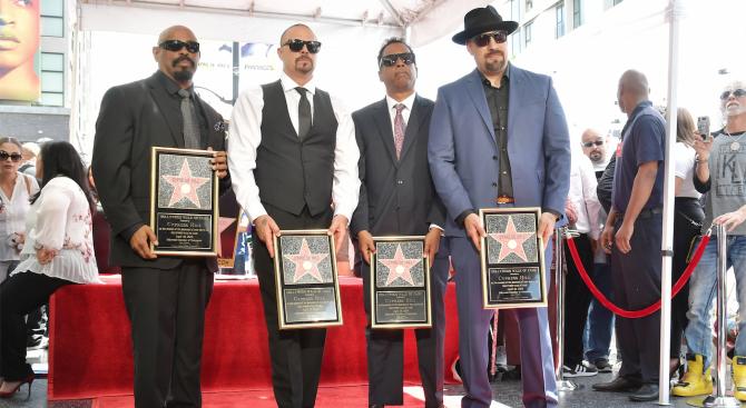 """Рап групата """"Сайпръс Хил"""" получи звезда на Холивудската алея на"""