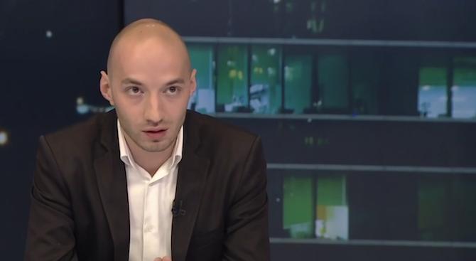 """Политолог: Иво Христов доказа тясната връзка между """"Дондуков"""" 2 и """"Позитано"""" 20"""