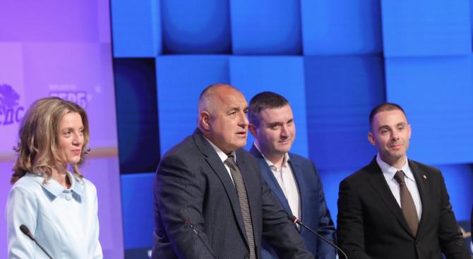 Борисов призова за оставки и сред опозицията
