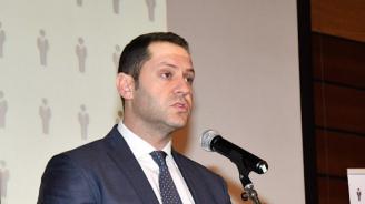 Зам.-министърът на икономиката Александър Манолев подаде оставка