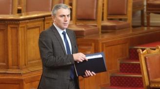 Мустафа Карадайъ оглавява евролистата на ДПС
