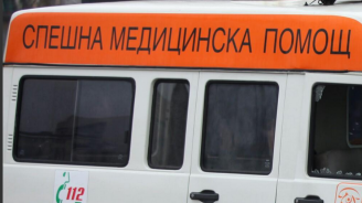 Ограда на военно поделение се срути в Хасково, има загинал