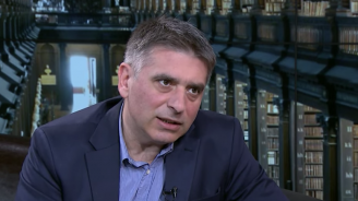 Данаил Кирилов: Отзоваването на тримата големи е принципно решение, не се прави заради Лозан Панов