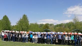 """Цветанов участва в инициативата """"Да пуснем корени в България"""""""