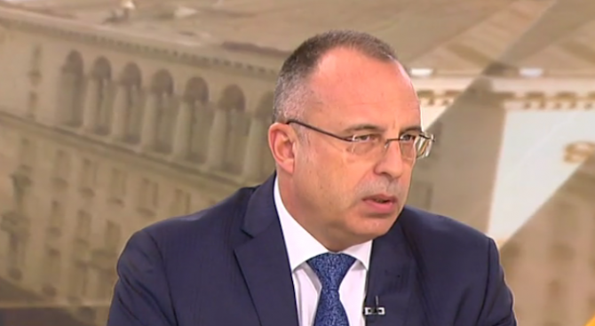Румен Порожанов: Едва ли в случая с Александър Манолев има конфликт на интереси