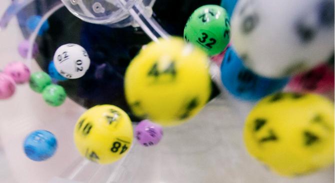 Снимка: Канадец спечели от държавната лотария 10 милиона долара