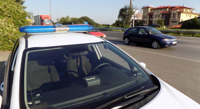 """""""Пътна полиция"""" с препоръки към пътуващите по празниците"""