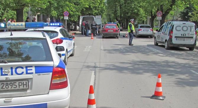 Кола помете и уби 95-годишен пешеходец
