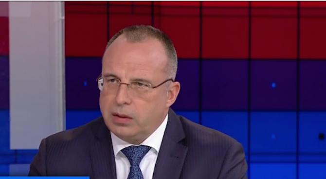 Снимка: Порожанов: Има проблем с къщите за гости, които са свързани с тяхното недобросъвестно използване