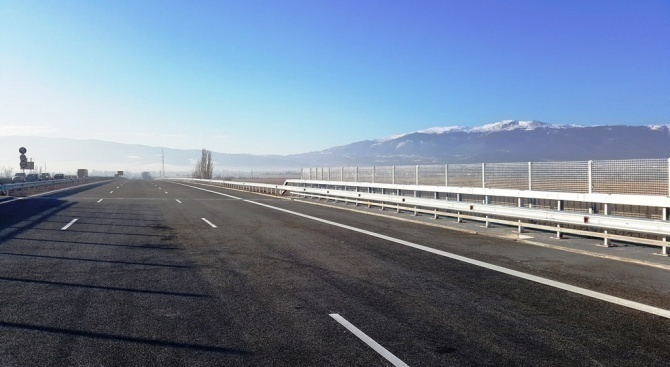 """Започва поетапното строителство на АМ """"Хемус"""" между Боаза и пътен"""
