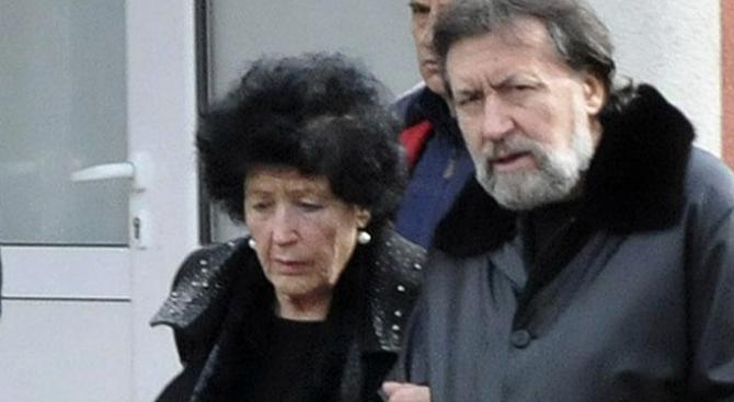 Снимка: Майката на Николай Банев с глоба и отнета книжка за 8 месеца за катастрофа
