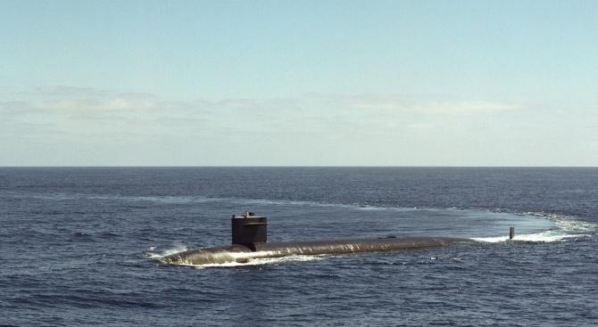 Китай за първи път показа нова атомна подводница на военноморски парад
