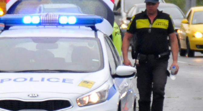 """От """"Пътна полиция"""" изразиха готовност за очаквания трафик по празниците"""