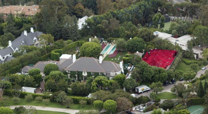 Богатият българин, който купи имението в Бевърли Хилс за 35