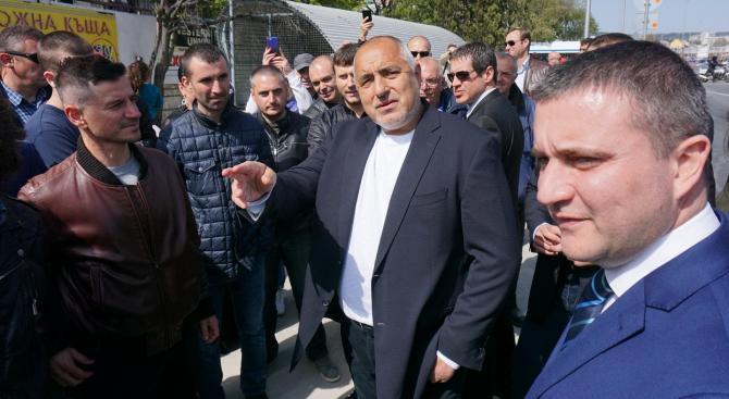 Премиерът Бойко Борисов е във Варна, където направи инспекция на