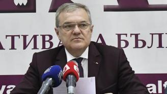 Румен Петков: В кадрово и във военно-техническо обезпечаване ситуацията в армията е много зле