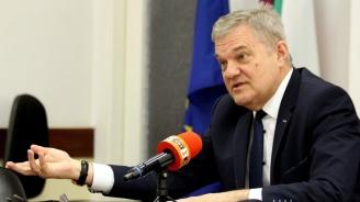 Румен Петков в Пловдив: Министерството на отбраната засекретява ключова информация относно закупуването на боен самолет