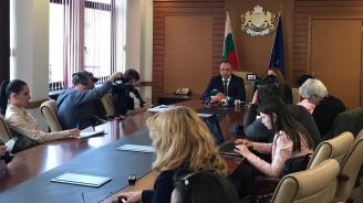 Министър Порожанов постигна споразумение с протестиращите земеделски организации