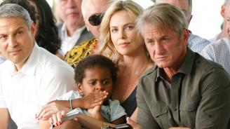 Чарлийз Терон призна, че отглежда сина си като момиче