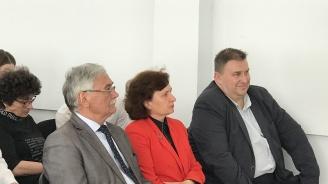 Емил Радев и Таня Петрова участваха в дискусия за иновативната учебна среда
