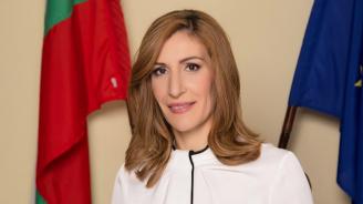 Николина Ангелкова: 2019 г. ще бъде много трудна, изпълнена с борба за всеки един турист