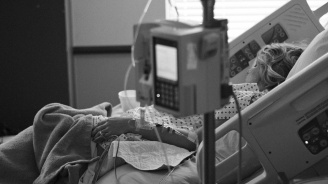 Жена се събуди след 27-годишна кома