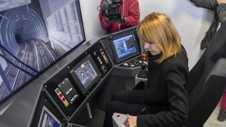 Йорданка Фандъкова инспектира новите метровлакове