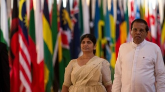 Президентът на Шри Ланка поиска оставките на шефа на полицията и на министъра на отбраната