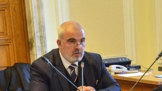 Маноил Манев с подробности за промените в Законаза оръжията