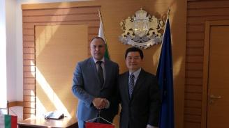 През 2019 г. се предвижда от България за Китай да бъдат изнесени 40 тона шафранови луковици