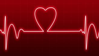 Роботизирано устройство си проправя път през биещо сърце