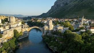 Населението на Босна и Херцеговина се е свило с над 86 000 души след края на войната