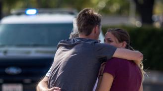Един убит и трима ранени след стрелба в синагога в Калифорния