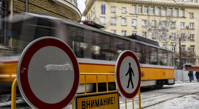 Въвежда се временна организация на движението за реконструкция на трамваен
