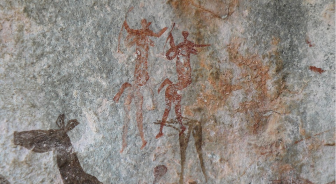 Древни ловци и събирачи на плодове са поглъщали цели отровни змии