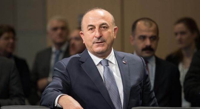Турският външен министър Мевлют Чавушоглу заяви, че Турция и САЩ