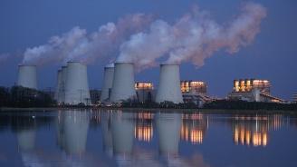 Великобритания трябва да се ангажира до 2050 г. да сведе до нула емисиите на парникови газове