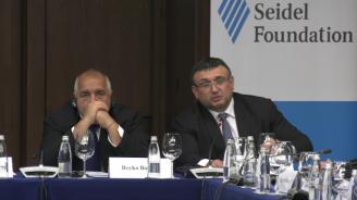 Младен Маринов и Светлан Кичиков: Миграционната обстановка е спокойна