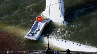 21 души са ранени в инцидента, при който самолет падна в река във Флорида