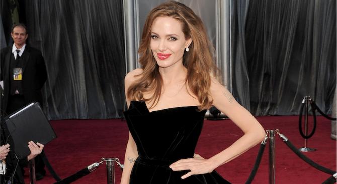Анджелина Джоли отказа да се превъплъти в Селин Дион