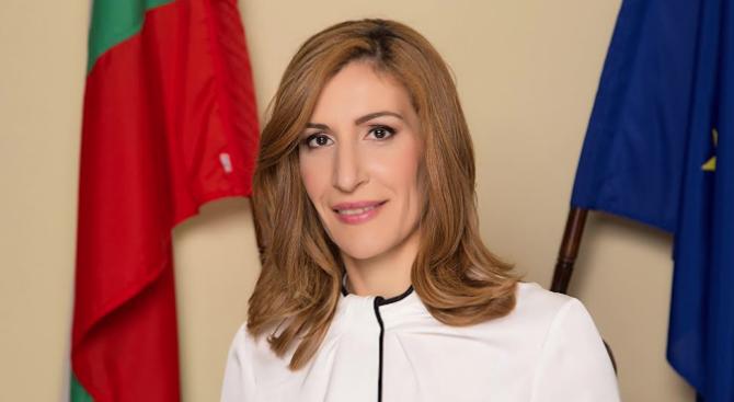 Министърът на туризма Николина Ангелкова ще има работно посещение в