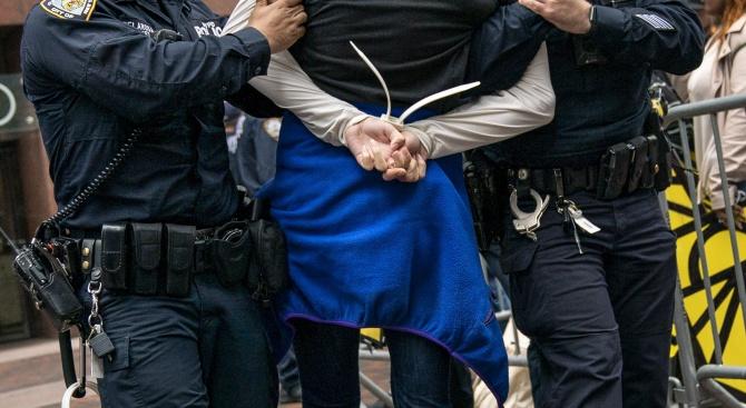 Снимка: Румънски политик, осъден на 9 години затвор, е задържан в Мадагаскар